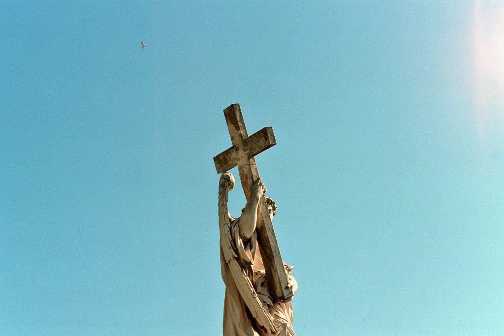La solitudine del giudice dovrebbe conformarsi a quella di Cristo